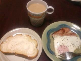 連休中日の朝食